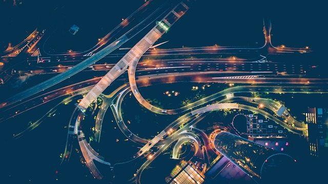 cars-2605953_640.jpg