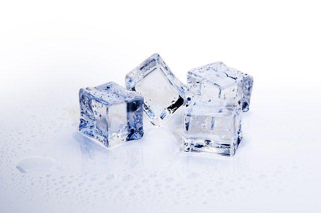 ice-cubes-3506782_640.jpg