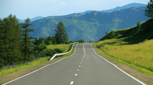 road-691124_640.jpg