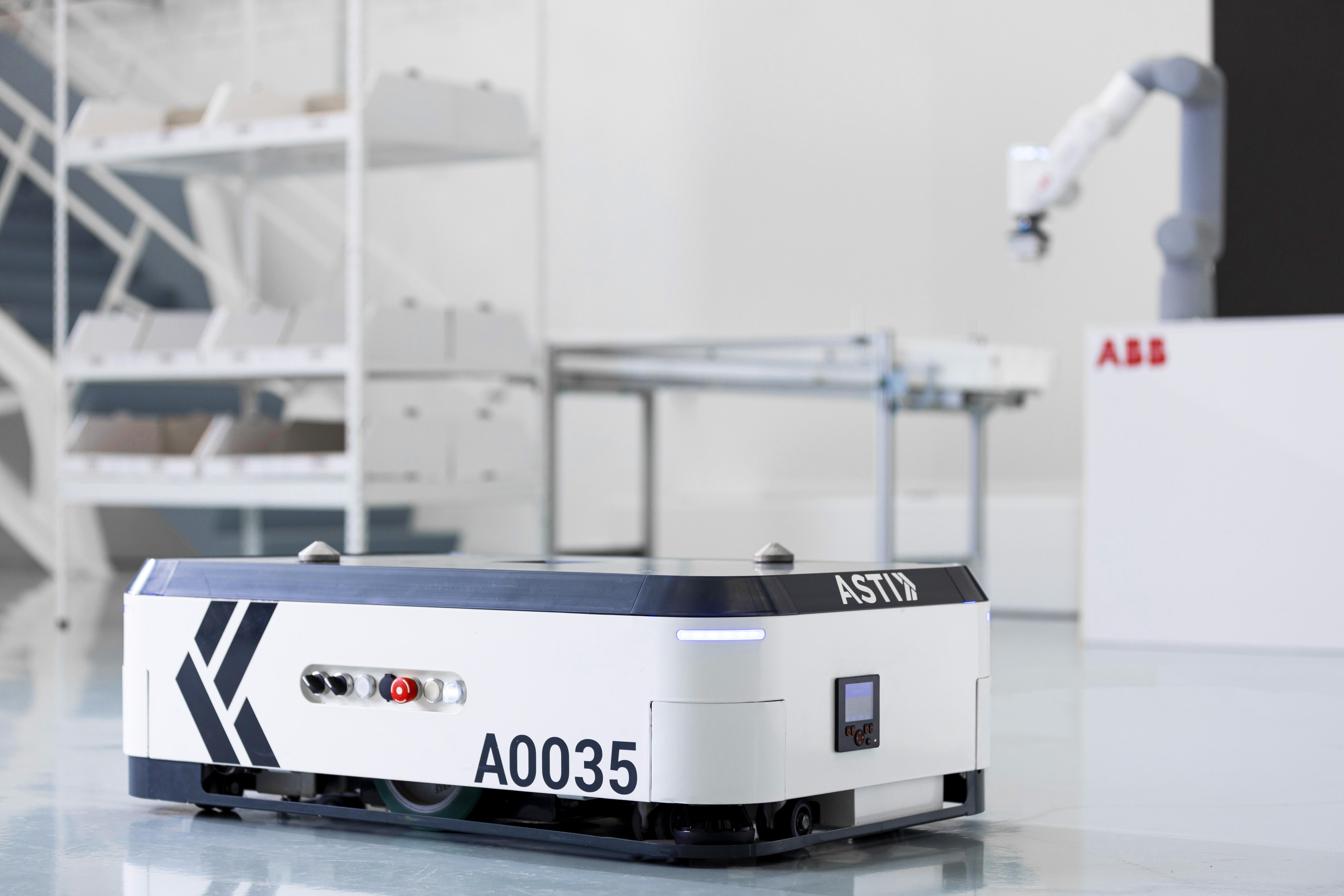 Asti abb robotics acquires asti mobile robotics goods to person gofa cobot asti ebot 350