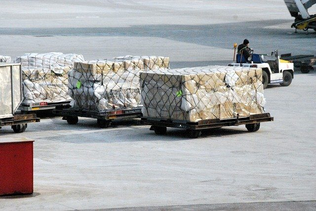Weak demand for air freight continues, IATA says