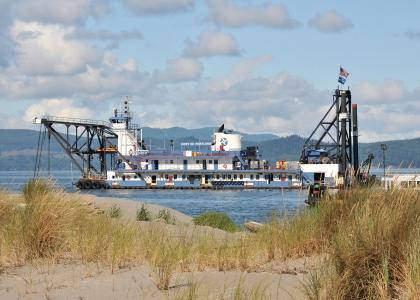 Port of portland dredge 420x300