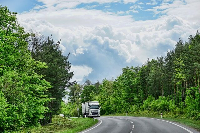 California groups partner to fund green trucking initiatives